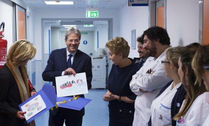 Visita a sorpresa di Gentiloni a ospedale Bambin Gesù
