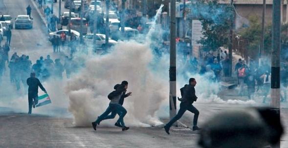 Gerusalemme: a Bari 'sit in' palestinesi