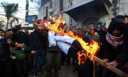 Gerusalemme, MO in rivolta. Hamas chiama Intifada