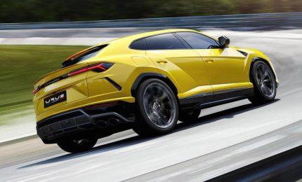 Lamborghini presenta la Urus, il suo primo Super Suv
