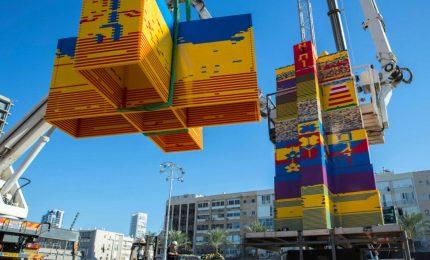 Tel Aviv, torre record di mattoncini Lego
