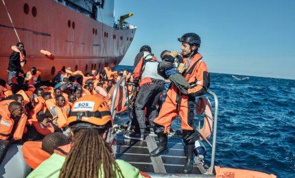Naufragio a Lampedusa, recuperati 149 migranti. Proseguono le ricerche in mare