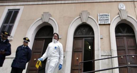 Esplode ordigno davanti a stazione carabinieri, nessun ferito