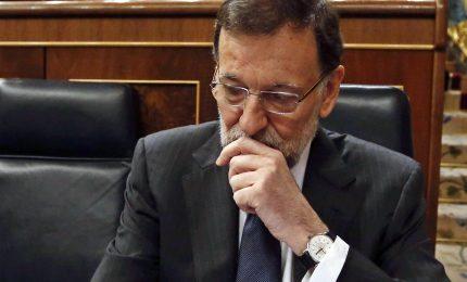 Elezioni Catalogna, il premier Rajoy è il principale sconfitto. Cosa farà Puigdemont?