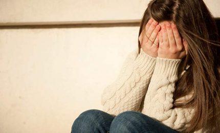 """Bullismo: perseguitata perché """"grassa"""", 5 denunce"""