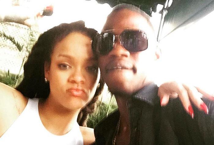 Rihanna piange il cugino ucciso in una sparatoria