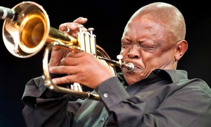 Morto Hugh Masekela, trombettista leggenda del jazz sudafricano