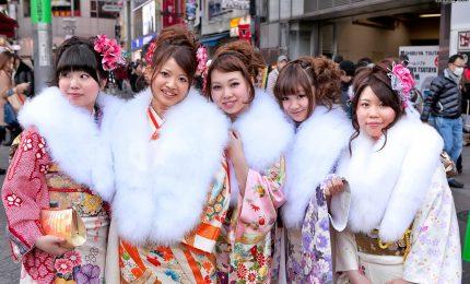 Scandalo kimono in Giappone, lacrime e delusione tra neo-adulte