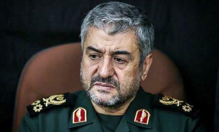 """Iran, in piazza per il regime. Pasdaran: finita la """"sedizione"""""""