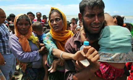 Bangladesh rinvia rimpatrio dei profughi rohingya