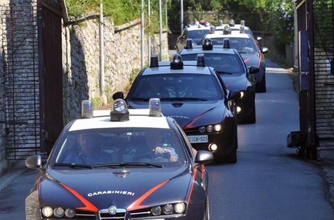 Blitz antidroga dei carabinieri, 4 arrestati e due ricercati all'estero