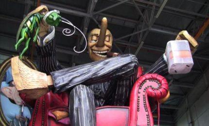 A Viareggio il Carnevale fra fake news, mafia e barriere