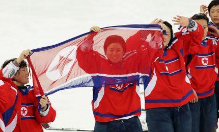 Olimpiadi, nordcoreane hockey incontrano le colleghe al Sud