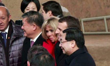 Cina, premier francese Macron visita la Città proibita