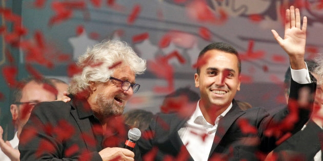Di Maio: via 400 leggi e 'smart nation'