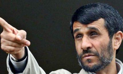 Iran, arrestato l'ex presidente Ahmadinejad avendo criticato il governo di Teheran