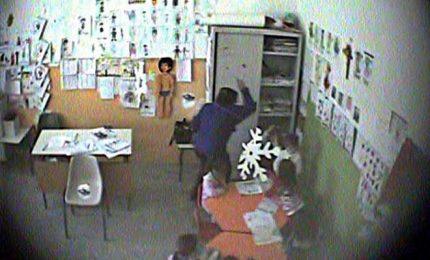 Bambini maltrattati, arrestata maestra