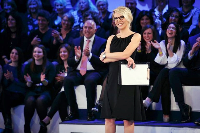 Ascolti tv, 6 milioni per 'C'e' posta per te', serata Canale 5