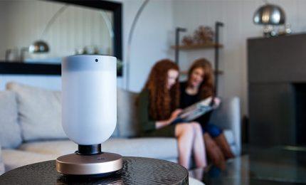 Momo, la lampada di design per la sicurezza in casa