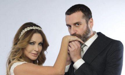 """Paola Ferrari """"sposa"""" Costantino della Gherardesca e va in Ghana"""