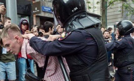 Proteste in tutta Russia contro presidenziali, 240 arresti. In manette anche Navalny