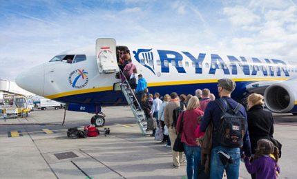 Ryanair, scattano nuove regole sui bagagli a mano in cabina