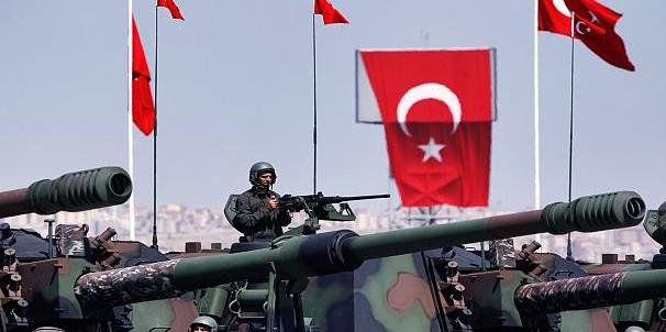 """Ancora attacchi nel nord della Siria. Esercito turco incontra """"forte"""" resistenza curda"""