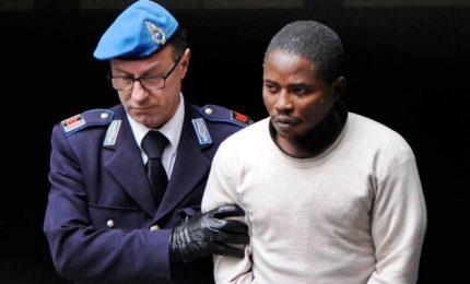 Lucky e Awelima restano in carcere, pesano i primi risultati dell'autopsia e accertamenti telefonici