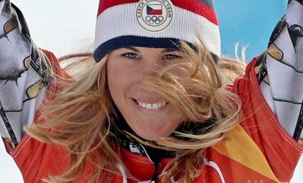 Ester Ledecka nella storia, Oro anche in snowboard
