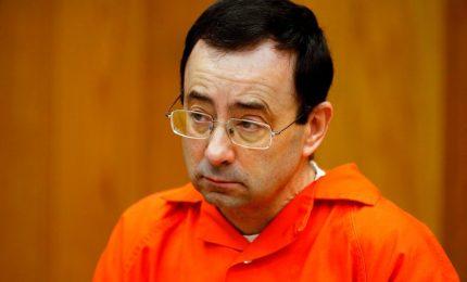 Abusi sessuali, altra pena fino a 125 anni per ex medico di ginnaste Usa