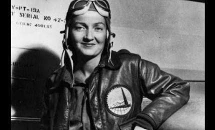Morta a 97 anni Margot Duhalde, prima donna pilota in Cile. Aveva cominciato a 16 anni