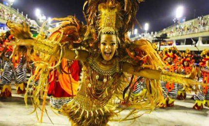 """Brasile, il carnevale low-cost dei party di strada: i """"blocos"""""""