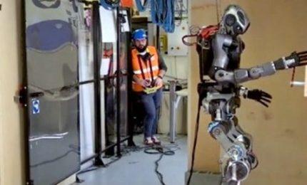 L'umanoide pronto a spegnere incendi, Walk-Man diventa più leggero e avatar robotico