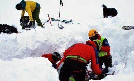 Avvistati 5 corpi sull'Himalaya, forse sono i dispersi