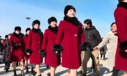 Olimpiadi, arrivate in Corea le ragazze pon pon nordcoreane