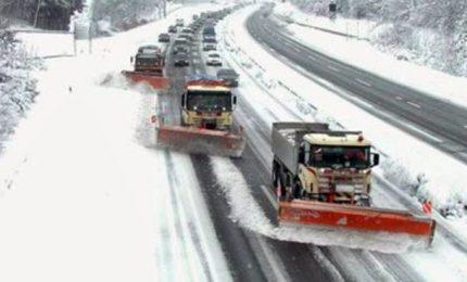 Burian gela tutta Europa, vittime e trasporti in tilt. Mosca -24 gradi
