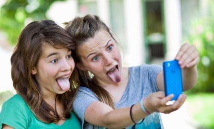 Usato da 82,7% degli adolescenti, crolla Fb