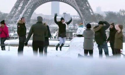 Sci a Montmartre e Versailles fiabesca, Parigi imbiancata