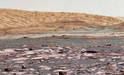 Ecco Marte come non lo avete mai visto, spettacolari immagini scattate dal rover Curiosity