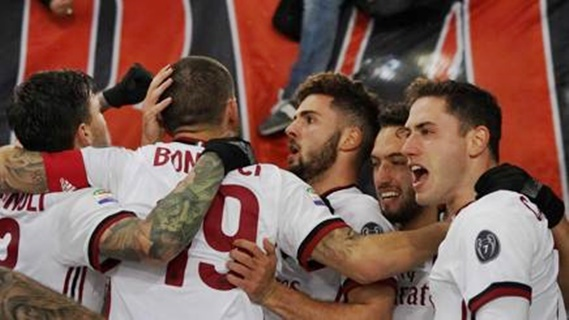 Calcio serie A, la neve rinvia la Juve, Milan non si ferma più