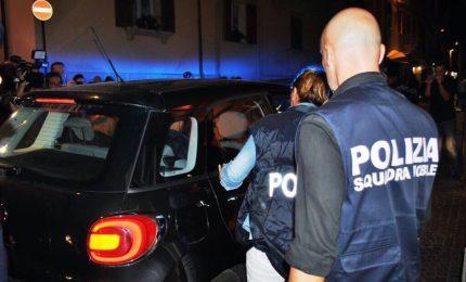 Rapina alle Poste Centrali di Napoli, malviventi spuntano da fogne