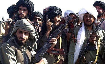 Talebani chiedono a Usa colloqui di pace