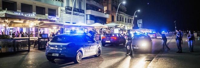 Rissa tra la folla a Napoli, feriti gravemente due fratelli