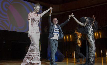 Jean-Paul Gaultier sfila a Buenos Aires e omaggia Pierre Cardin