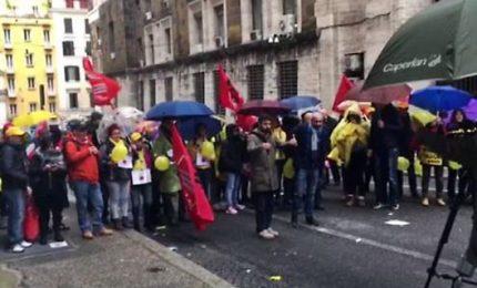 Protesta lavoratori al ministero Sviluppo Economico