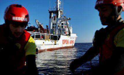 """Nave spagnola sequestrata a Pozzallo. L'Ong accusa: """"Inferno Libia"""""""