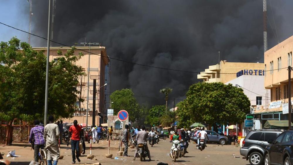 Burkina Faso nel mirino dei terroristi, attacco a capitale: almeno 34 morti