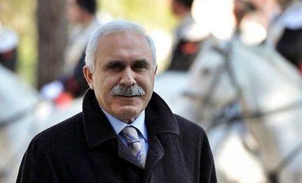 Generale Pappalardo irrompe a comizio Boldrini. Lei: non fai paura