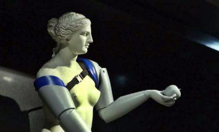 Protesi 3D alla Venere di Milo, la campagna di una Ong a Parigi