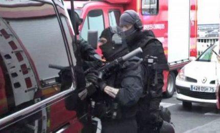 Attacco davanti ambasciata Iran, ucciso l'aggressore